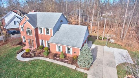 Photo of 7946 Maxwelton St, Mooresville, IN 46158