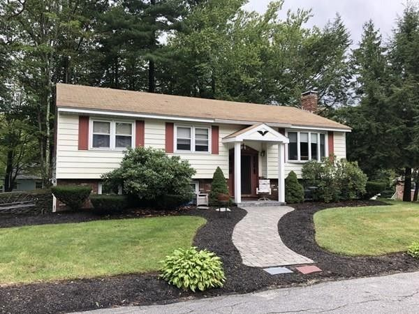 54 Hawthorne Rd, Leominster, MA 01453