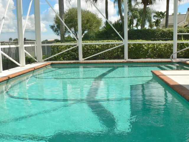 Quail Lake Dr West Palm Beach Fl