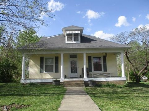 412 Franklin St, Fredericktown, MO 63645