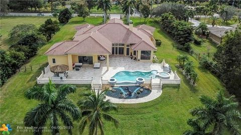 Photo of 13321 Mustang Trl, Southwest Ranches, FL 33330