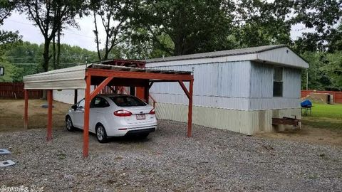 607 Old Russell Rd, Bald Knob, AR 72010