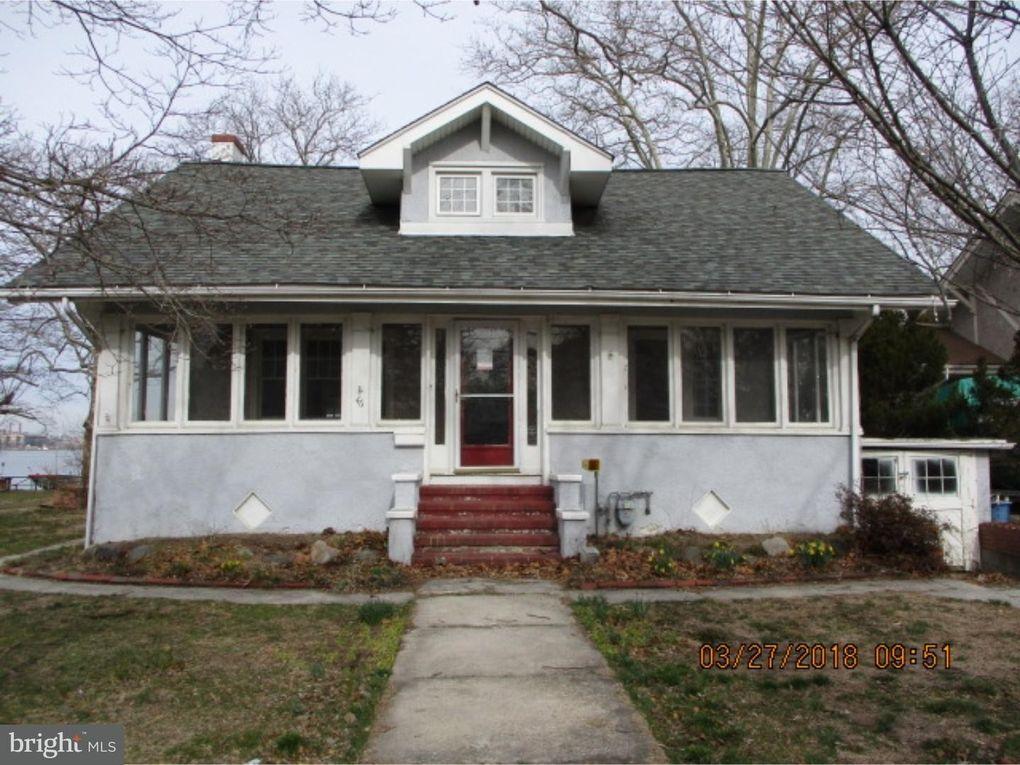 Lovely 46 Delaware Ave, Penns Grove, NJ 08069