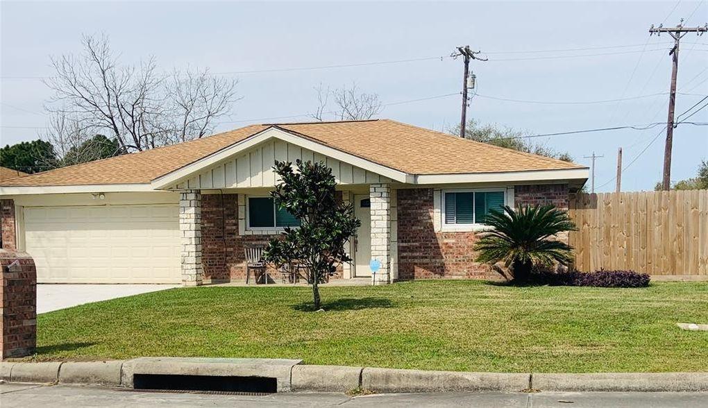 2902 19th Ave N, Texas City, TX 77590