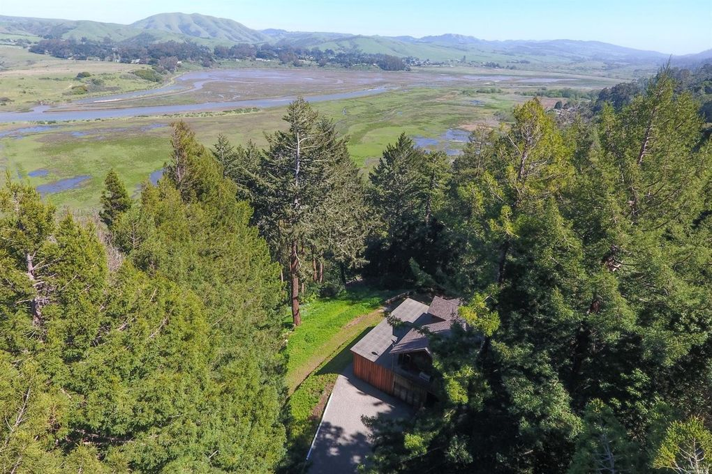 15 Drakes View Dr, Inverness, CA 94937