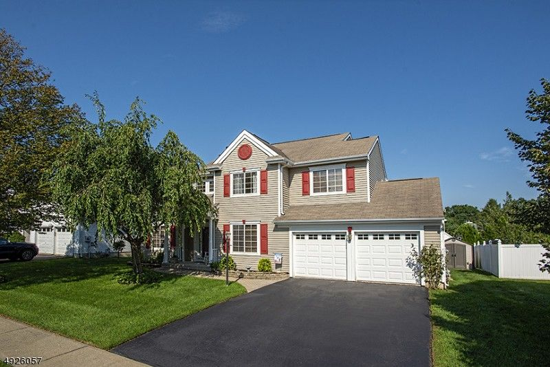 4 Wood Duck Cv Jefferson Township, NJ 07438