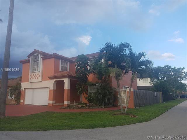 19571 Nw 83rd Ave, Hialeah, FL 33015