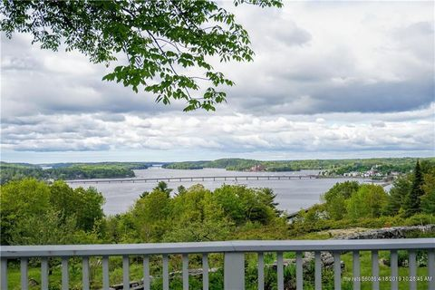 Photo of 146 Clarks Point Rd, Wiscasset, ME 04578