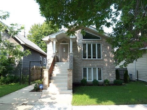 2652 N Mont Clare Ave Unit 2, Chicago, IL 60707