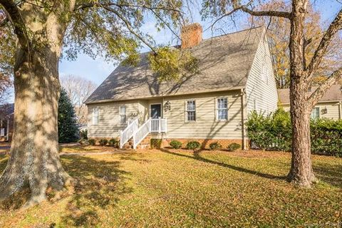 Photo of 120 College Ave, Warsaw, VA 22572