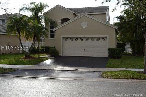 204 E Bayridge Dr, Weston, FL 33326