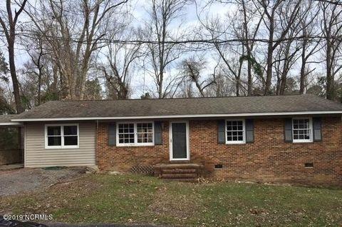 Photo of 903 Riverside St, Elizabethtown, NC 28337