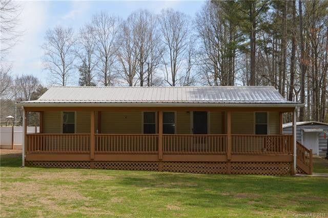 127 Log Cabin Rd, Statesville, NC 28677