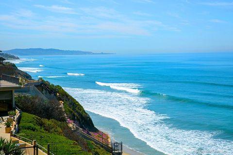 727 Beachfront Dr Unit B, Solana Beach, CA 92075