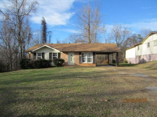 114 Crestwood Ct, Martinsville, VA 24112