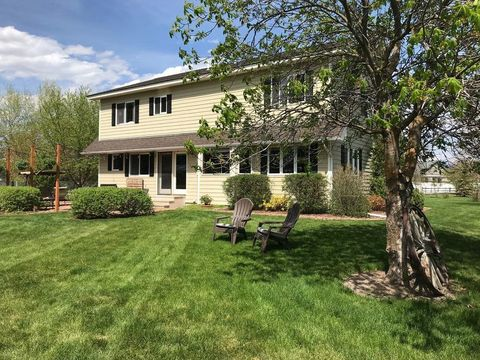 Photo of 525 Country Way S, Kalispell, MT 59901