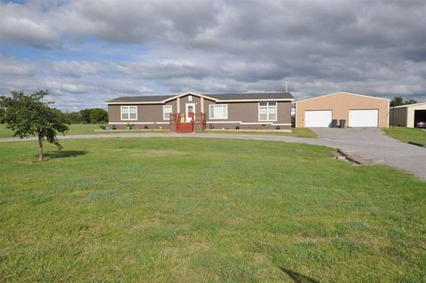 204565 E County Road 45, Woodward, OK 73801