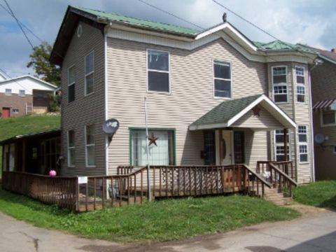 Photo of 108 W Wells St, Pennsboro, WV 26415