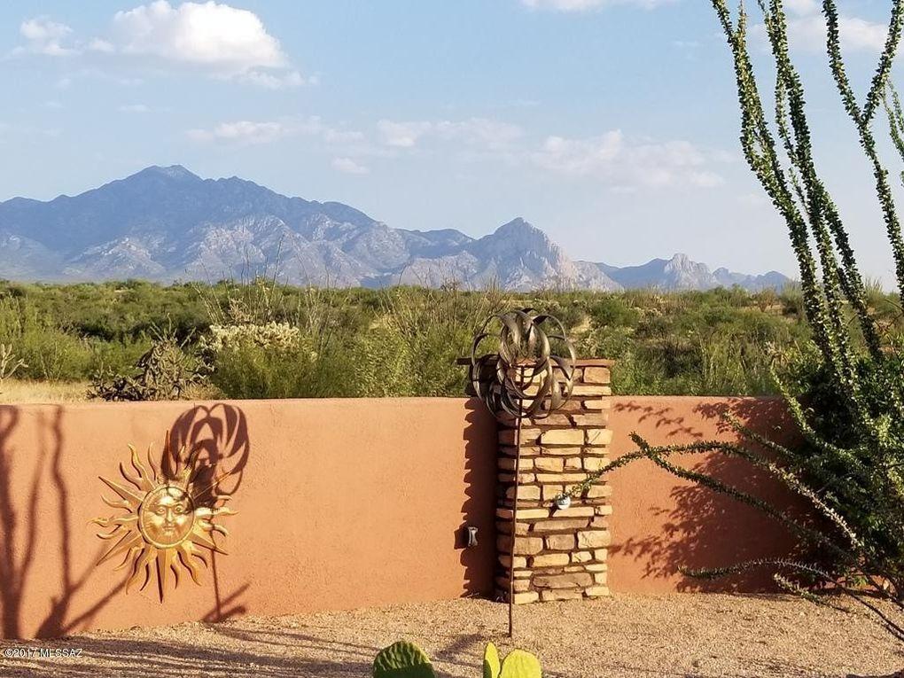 3207 S Corte Amarilla Green Valley, AZ 85614