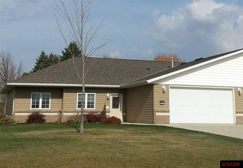 2302 Lake Ave, New Ulm, MN 56073
