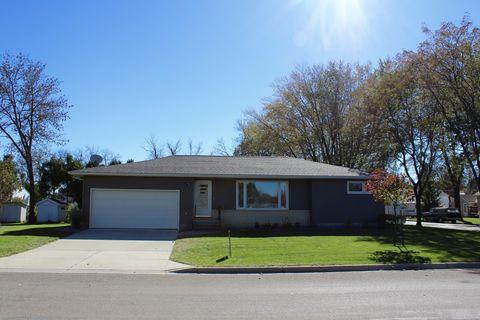 143 3rd St Nw, Blooming Prairie, MN 55917