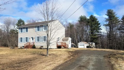 Photo of 156 Farm Brook Rd, Sidney, ME 04330