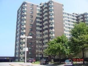 Photo of 7337 S South Shore Dr Apt 1004, Chicago, IL 60649