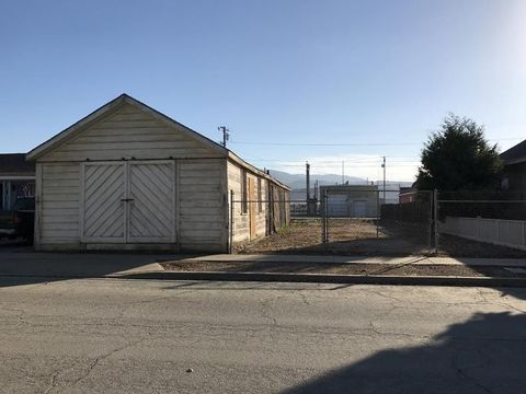 Photo of 35 1st St, Spreckels, CA 93962