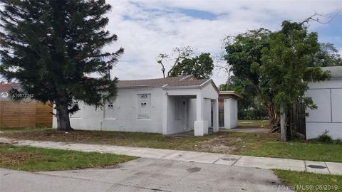 Photo of 4019 Sw 14th St, Fort Lauderdale, FL 33317