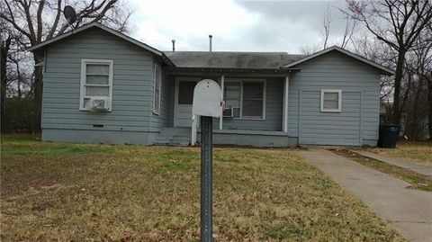 Photo of 4312 Lorin Ave, Fort Worth, TX 76105