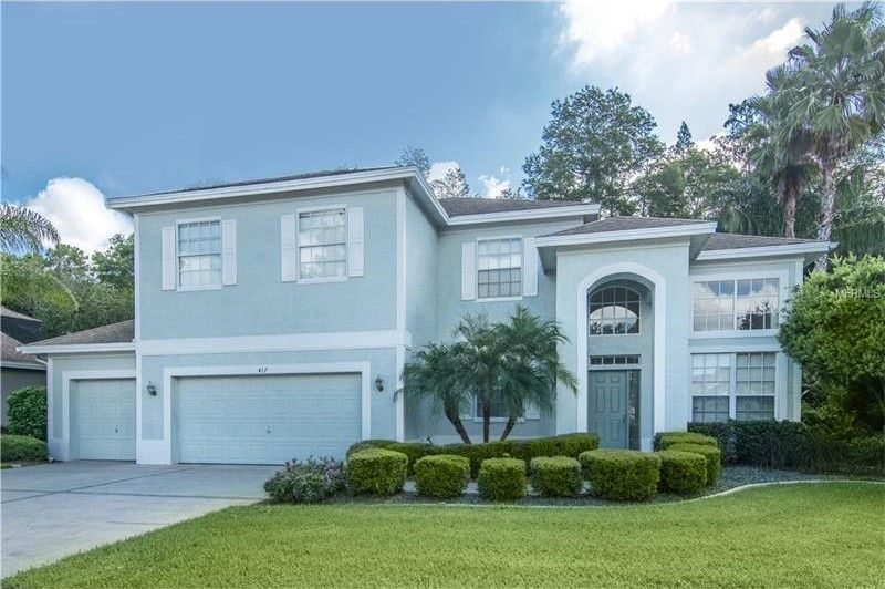 417 Pinewood Dr Oldsmar, FL 34677