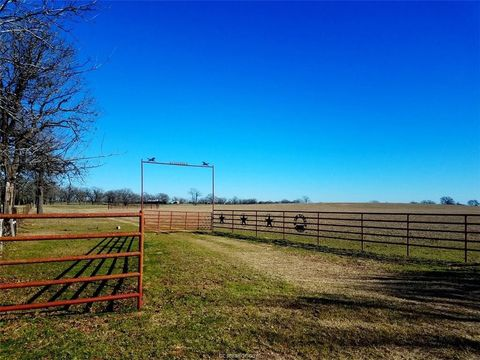 8554 County Road 458 N, Normangee, TX 77871