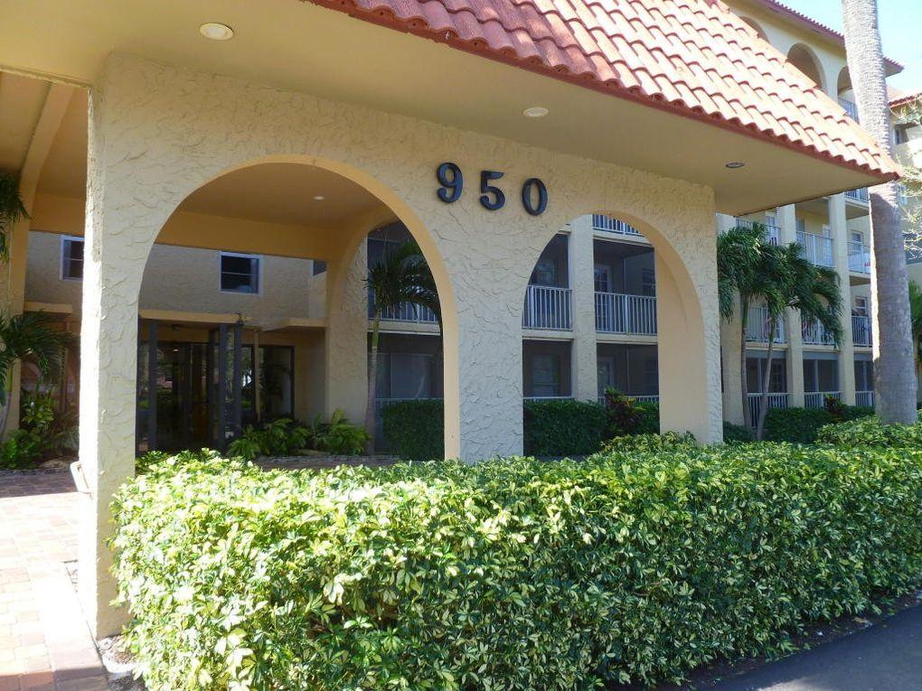 950 Ponce De Leon Rd Apt 104, Boca Raton, FL 33432