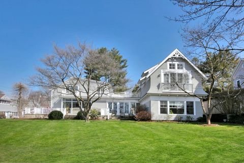 2 Crockett St, Rowayton, CT 06853