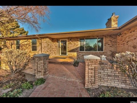 10649 S Double Jack Cir, South Jordan, UT 84095