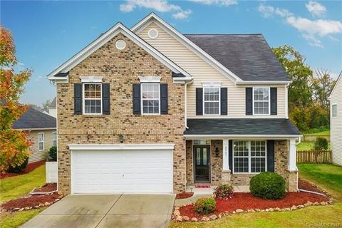 Charlotte, NC Homes with special features