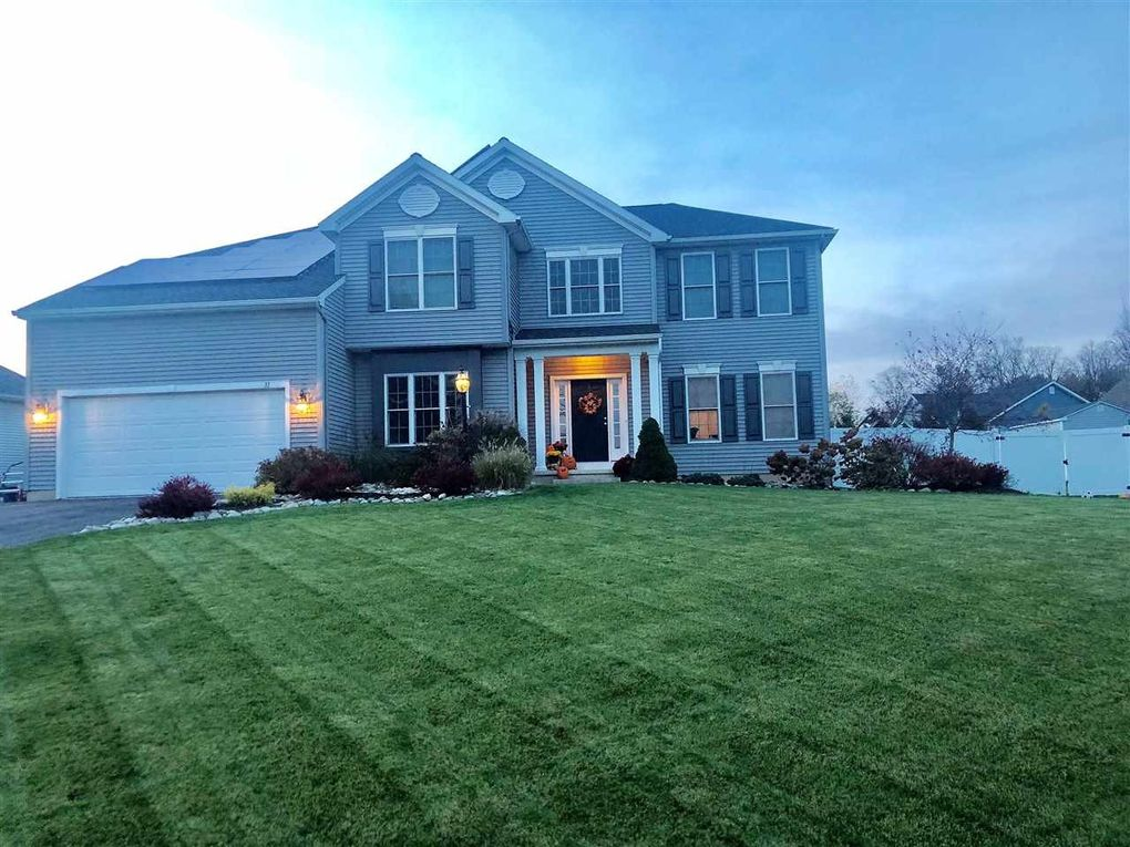 81 Bridle Path Selkirk, NY 12158