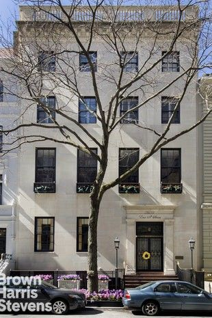 12 E 69th St Unit Townhouse, New York, NY 10021. Townhome For Rent