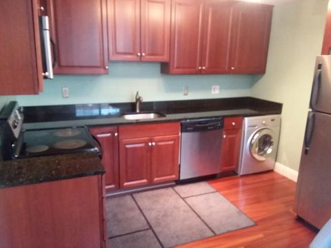 Photo of 2510 Skyline Dr Unit 11, Lowell, MA 01854