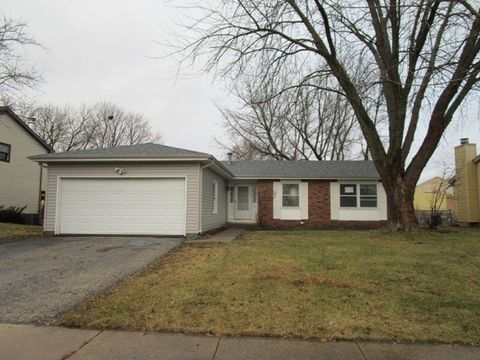 10922 Janice Dr, Huntley, IL 60142