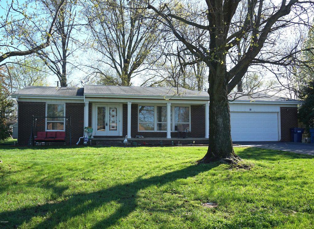 64 Cherry Dr, Mount Vernon, IL 62864