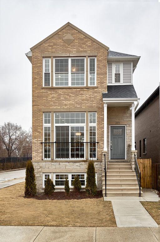 2458 W Berenice Ave, Chicago, IL 60618