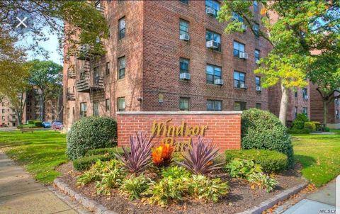 Photo of 212-07 75th Ave Unit 4 P, Bayside, NY 11364