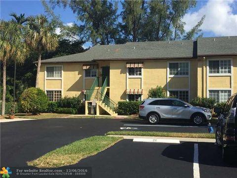 4040 Crystal Lake Dr # 102, Deerfield Beach, FL 33064