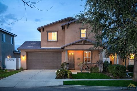 Photo of 14604 Huckleberry Dr, Bakersfield, CA 93314