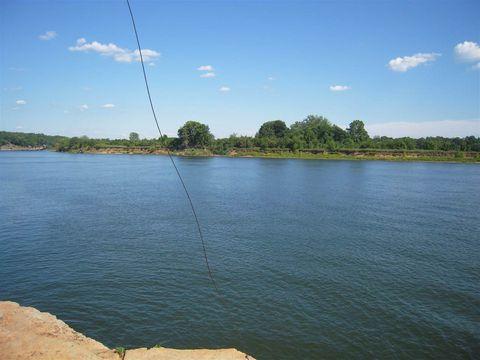 Photo of 1 Swallow Bluff Lndg, Saltillo, TN 38370