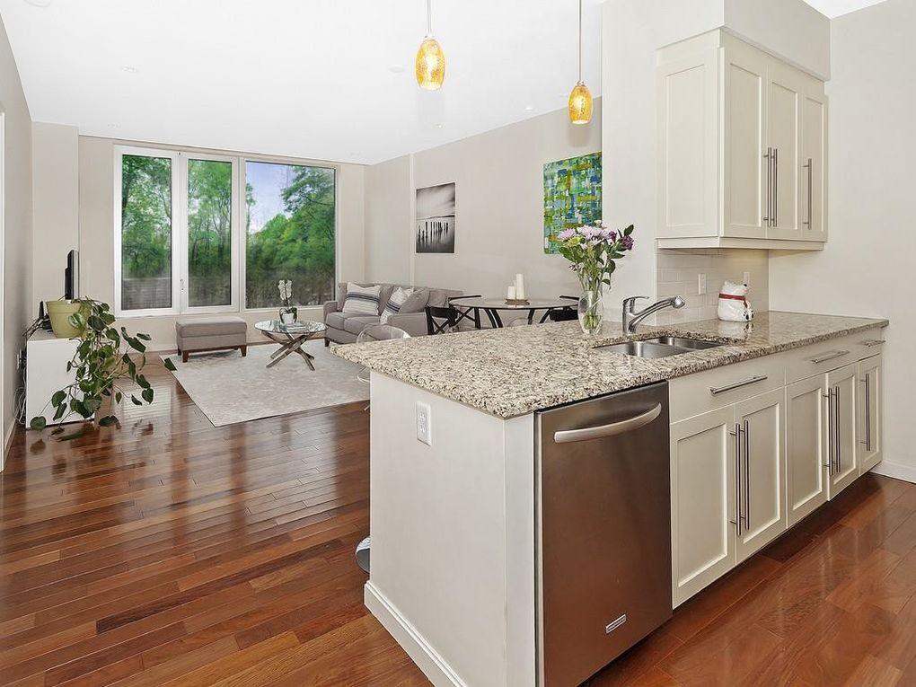 Avalon natick photos reviews apartments chrysler