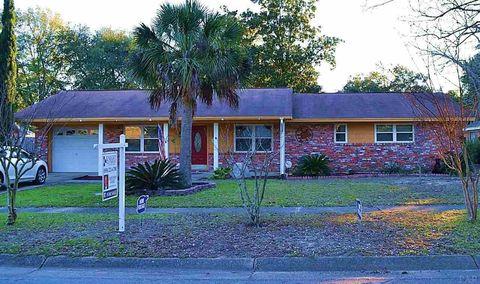 3845 Lynn Ora Dr, Pensacola, FL 32504