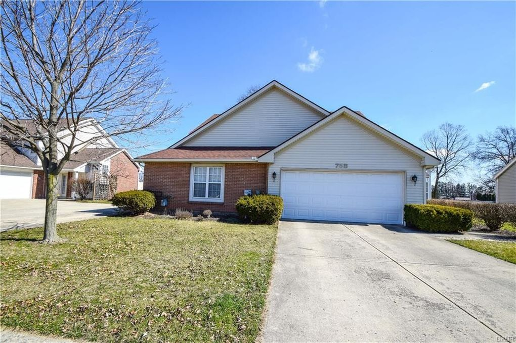 75 Heather Rd, Troy, OH 45373