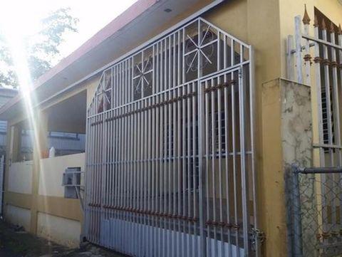 298 Calle E # D, Catano, PR 00917